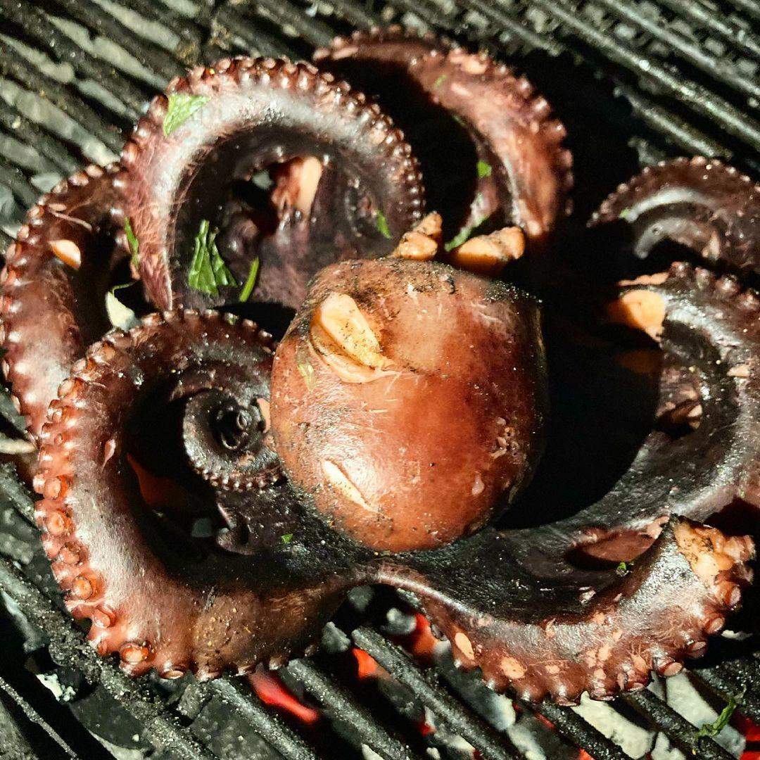 осьминог на гриле